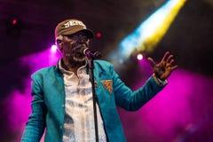 Cantante famoso e cantautore di reggae del sistema solare e di Alpha Blondy in tensione a Nisville Jazz Festival, l'11 agosto 201 Fotografia Stock