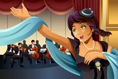 Cantante Singing de la ópera en la etapa Foto de archivo