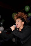 Cantante Ysa Ferrer. Concesiones Muz-TV Foto de archivo
