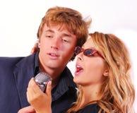 Cantantes del Karaoke Imágenes de archivo libres de regalías