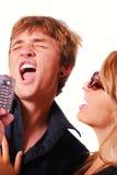 Cantantes del Karaoke Fotos de archivo libres de regalías