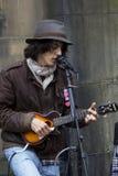 Cantantes y músicos en el festival de la franja, Edimburgo, Escocia Imagenes de archivo
