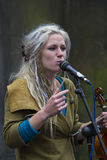 Cantantes y músicos en el festival de la franja, Edimburgo, Escocia Fotografía de archivo libre de regalías