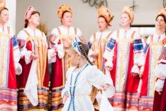 Cantanti e ballerini di Lipovan Fotografia Stock