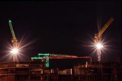Canteiro de obras na noite Fotos de Stock Royalty Free
