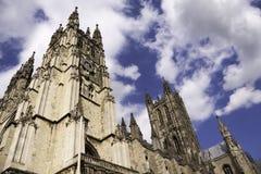 Canterbury-Kathedrale an einem sonnigen Tag Stockfoto