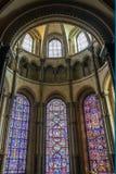 CANTERBURY, KENT/UK - 12 NOVEMBRE: Vetro macchiato Windows in Immagini Stock Libere da Diritti