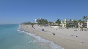 Cantidad aérea de la playa de Hollywood La Florida, los E metrajes