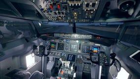 Cantidad interior de una carlinga de un avión almacen de video