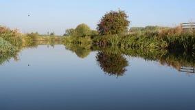 Cantidad tranquila de HD del río Dearne entre Adwick sobre Dearne y Harlington metrajes