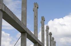 Cantiere con la struttura della costruzione fotografie stock libere da diritti