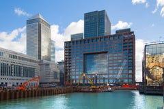 Cantiere di Canary Wharf con le gru, Londra Immagine Stock Libera da Diritti