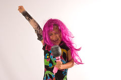 Canto bonito da menina da estrela do rock Imagem de Stock