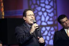 Canto de Joey Hernández foto de archivo