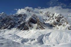 Canto de la etiqueta de Tengri y glaciar del sur de Inylchek en Tien Shan Fotografía de archivo libre de regalías