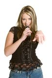 Canto de la muchacha del Karaoke Fotos de archivo