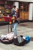 Canto di Allie Sherlock dell'artista sulla via di Oliver Plunkett Fotografia Stock