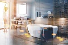 Canto preto e de madeira do banheiro tonificado Foto de Stock Royalty Free