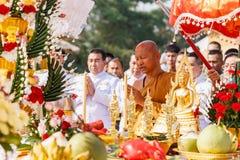 Canto tailandés del monje para la ceremonia en mongkhon huay del wat Fotos de archivo libres de regalías