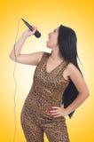 Cantor da mulher com microfone Fotografia de Stock