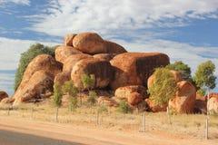Cantos rodados de los diablos, Australia Foto de archivo