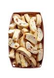 Cantuccini с арахисами, высушенными абрикосами и изюминками в корзине Стоковые Изображения RF