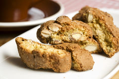 Cantuccini, biscuits d'amande italiens Image stock