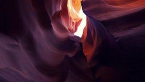 Canyon d'antilope - couleurs stupéfiantes des roches de grès clips vidéos