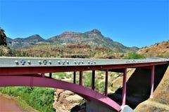 Canyon de la rivière Salt, dans la réserve indienne blanche d'Apache de montagne, l'Arizona, Etats-Unis images libres de droits