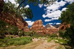 Canyon de Zion chez Zion National Park en Utah. Image libre de droits