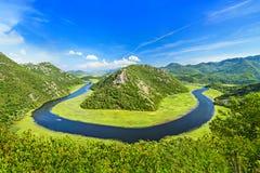 Canyon del fiume di Rijeka Crnojevica nel parco nazionale del lago Skadar, fotografia stock