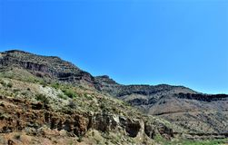 Canyon del fiume Salt, all'interno della prenotazione indiana di Apache della montagna bianca, l'Arizona, Stati Uniti immagini stock