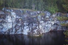 Canyon di marmo Ruskeala Immagine Stock