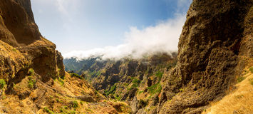 Canyon in montagne Immagine Stock Libera da Diritti