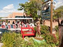 Canyon Road Tourbus in Santa Fe Stockbilder