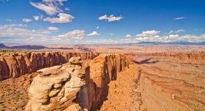 Canyonlands国家公园在默阿布, UT外面 免版税图库摄影