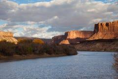 Canyonlands Rim Road blanc parc national Photographie stock libre de droits