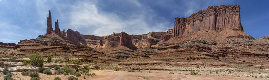 Canyonlands White Rim Trail at Washer Woman Arch Royalty Free Stock Photography