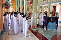 Cao Dai-Zeremonie in Vietnam Lizenzfreies Stockfoto