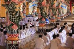 Caodai tempel nära Ho Chi Minh City, Vietnam Arkivfoto