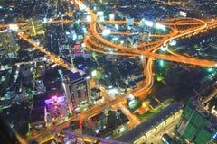 Caos del transporte en ciudades más grandes. Imagen de archivo libre de regalías
