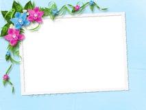 Capítulo con las orquídeas azules y rosadas Imagen de archivo libre de regalías