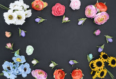Capítulo de flores en negro fotos de archivo