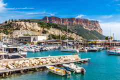Cap Canaille And Boats In Port Of Cassis,France Royalty Free Stock Images