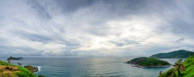 Cap panoramique nuageux Photographie stock libre de droits