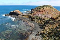 Cap Schanck avec la promenade de conseil à la roche de pupitre à la péninsule de Mornington, Australie photos libres de droits