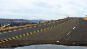 A capa da montagem do stratovolcano Fotos de Stock Royalty Free