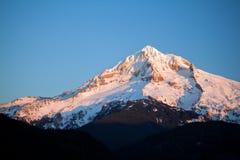 Capa da montagem no inverno Imagens de Stock