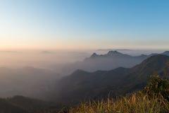 Capa de fondo de la montaña Fotos de archivo
