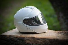 Capacete clássico branco da cara completa da motocicleta fotos de stock